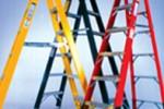 Aluminum Vs. Fiberglass Ladders